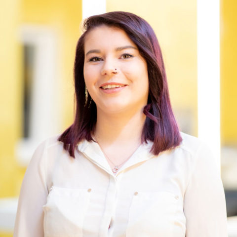 Michelle Pelzer, Assistentin